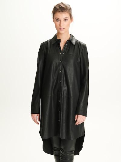 Notyz Blouse 'Ulrike' in de kleur Zwart, Modelweergave
