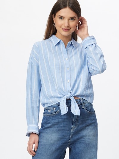 Tommy Jeans Blouse in de kleur Lichtblauw / Wit, Modelweergave