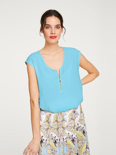heine Bluse mit Zipper in hellblau, Modelansicht