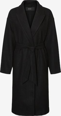 Vero Moda Curve Płaszcz przejściowy 'Fortune' w kolorze czarny