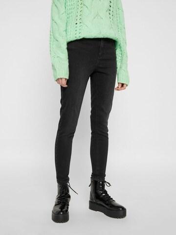 Jeans ' PCDELLY' di PIECES in nero
