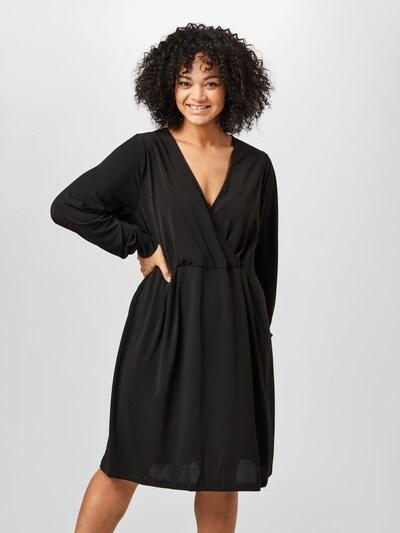 Rochie Zizzi pe negru, Vizualizare model