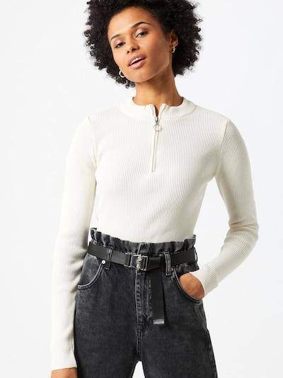 NA-KD Camiseta en blanco, Vista del modelo