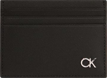 Calvin Klein Kotelo värissä musta
