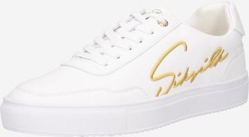 Sneaker bassa di SikSilk in bianco
