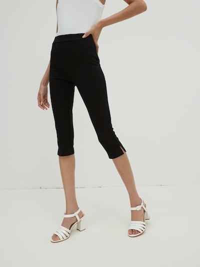 EDITED Kalhoty 'Davina' - černá, Model/ka