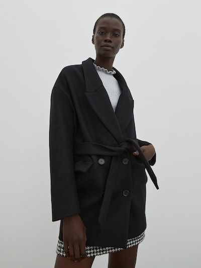 EDITED Tussenmantel 'Josefa' in de kleur Zwart, Modelweergave