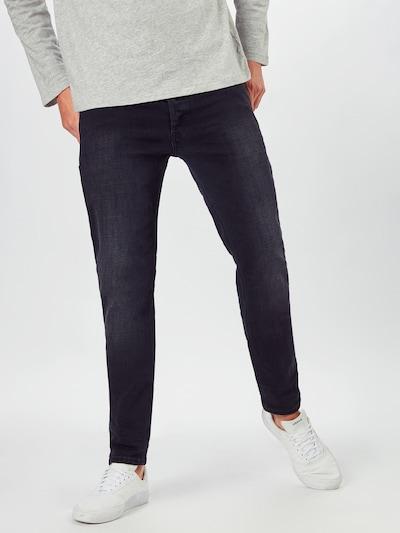 DIESEL Jeansy 'SLEENKER-X' w kolorze czarnym, Podgląd na modelu(-ce)