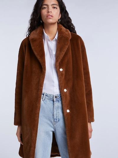 SET Mantel in braun, Modelansicht