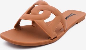 Kamoa Beach & Pool Shoes in Beige