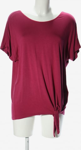 TRIANGLE Top & Shirt in M in Red