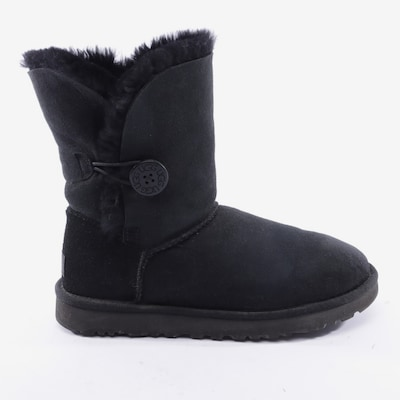 UGG Dress Boots in 39 in Black, Item view