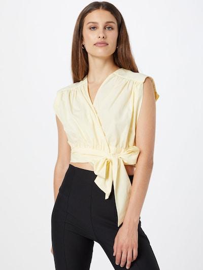 Gina Tricot Блуза 'Kelly' в светложълто: Изглед отпред