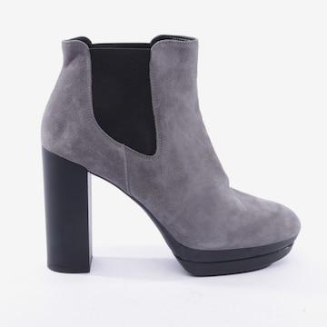 HOGAN Dress Boots in 41 in Grey