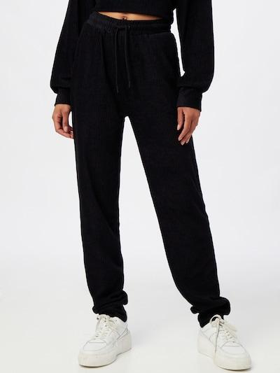 NU-IN Spodnie w kolorze czarnym, Podgląd na modelu(-ce)