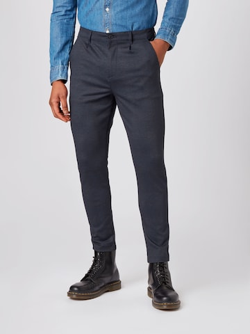 Kronstadt Pleat-front trousers in Blue
