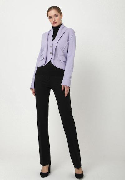 Madam-T Blazer 'SCHALKA' in lila, Modelansicht