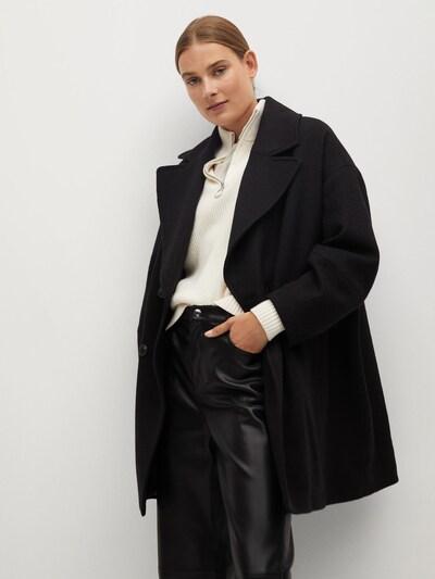 MANGO Tussenmantel in de kleur Zwart, Modelweergave