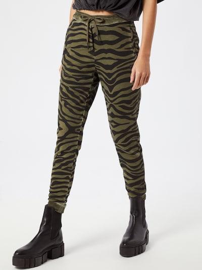 True Religion Hose 'Zebra' in oliv / schwarz, Modelansicht