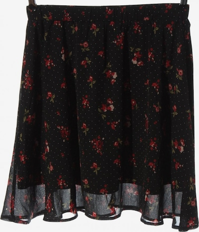 ABOUT YOU Skirt in M in Green / Red / Black, Item view