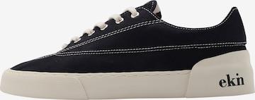Sneaker low 'Keir' de la EKN Footwear pe negru