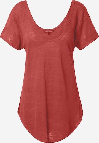Tricou 'Amber' de la Farina Opoku pe roșu