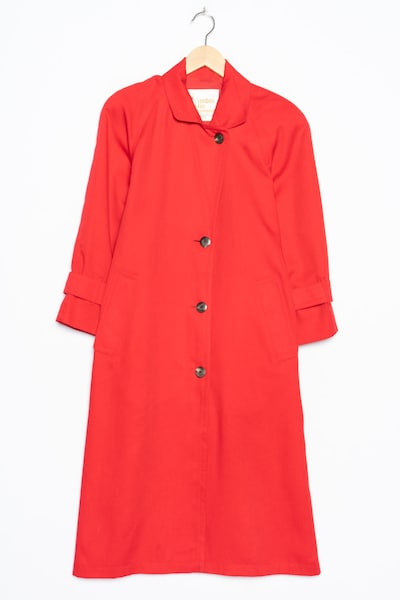 London Fog Trenchcoat in XL in rot, Produktansicht