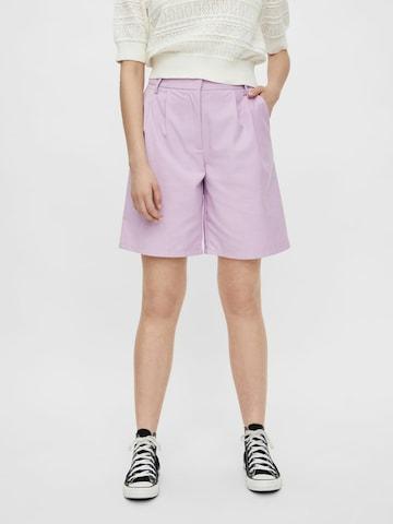 purpurinė PIECES Klostuotos kelnės
