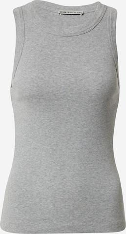Top 'OLINA' di DRYKORN in grigio