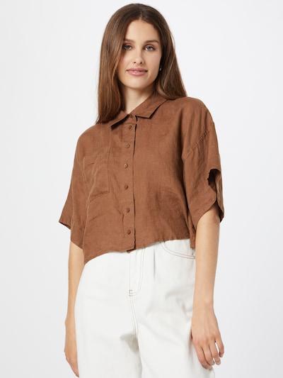 Gina Tricot Blus i brun, På modell
