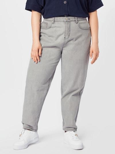 GLAMOROUS CURVE Jean en gris denim, Vue avec modèle