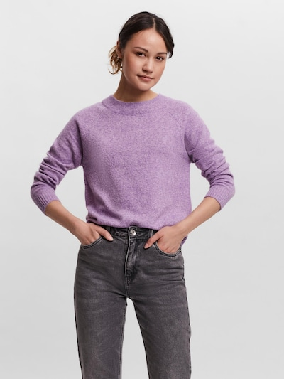 VERO MODA Pull-over 'VMDOFFY' en violet clair, Vue avec modèle