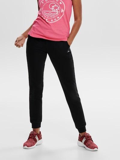 ONLY PLAY Spodnie sportowe 'Elina' w kolorze czarnym, Podgląd na modelu(-ce)
