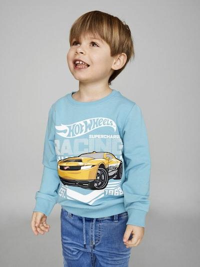 NAME IT Majica 'Hotwheels Stevo' | svetlo modra / rumena / črna / bela barva: Frontalni pogled
