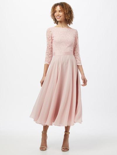 SWING Aftonklänning i rosa, På modell