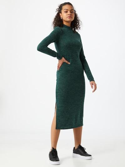Noisy may Robes en maille 'CRISTINA' en vert foncé, Vue avec modèle
