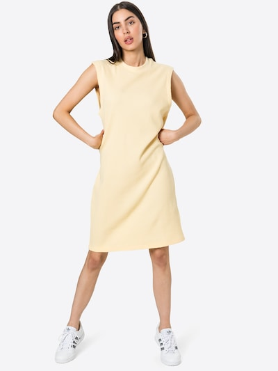 Rochie 'Acaena' Another Label pe galben pastel, Vizualizare model