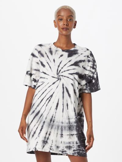 LEVI'S Kleid 'LOKI' in schwarz / weiß, Modelansicht