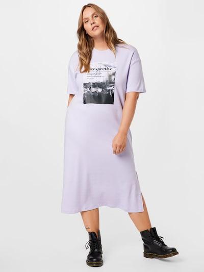 NU-IN Plus Kleid in hellgrau / flieder / schwarz, Modelansicht