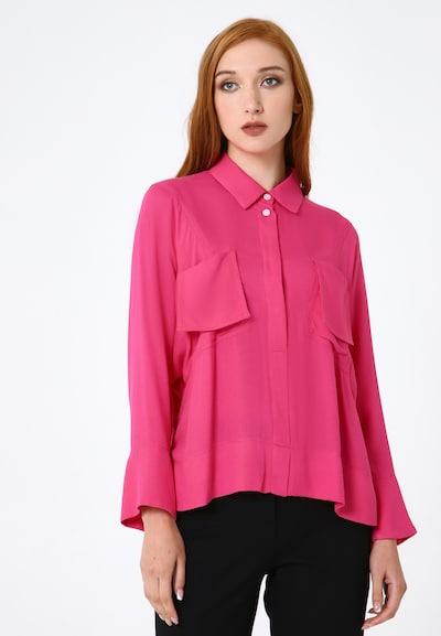 Madam-T Blouse 'Brigitte' in de kleur Pink, Modelweergave