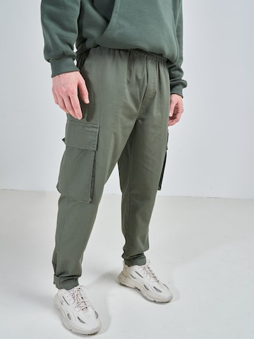 ABOUT YOU x Swalina&Linus Cargo Pants 'Marlo' in Green