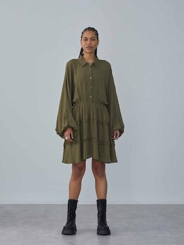 Abito camicia 'Fabrice' di LeGer by Lena Gercke in verde