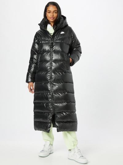 Nike Sportswear Zimní kabát - černá / bílá, Model/ka