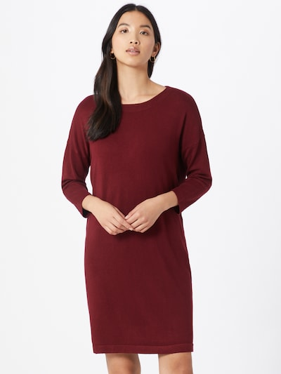 VERO MODA Robes en maille en rouge foncé, Vue avec modèle