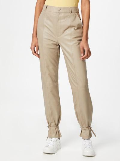 Gestuz Pantalón 'Nioa' en beige, Vista del modelo