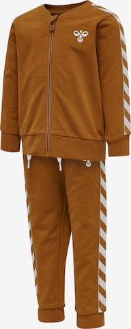 Veste de sport Hummel en marron