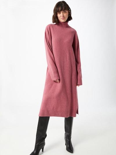 Samsoe Samsoe Robes en maille 'Amaris' en rose chiné, Vue avec modèle