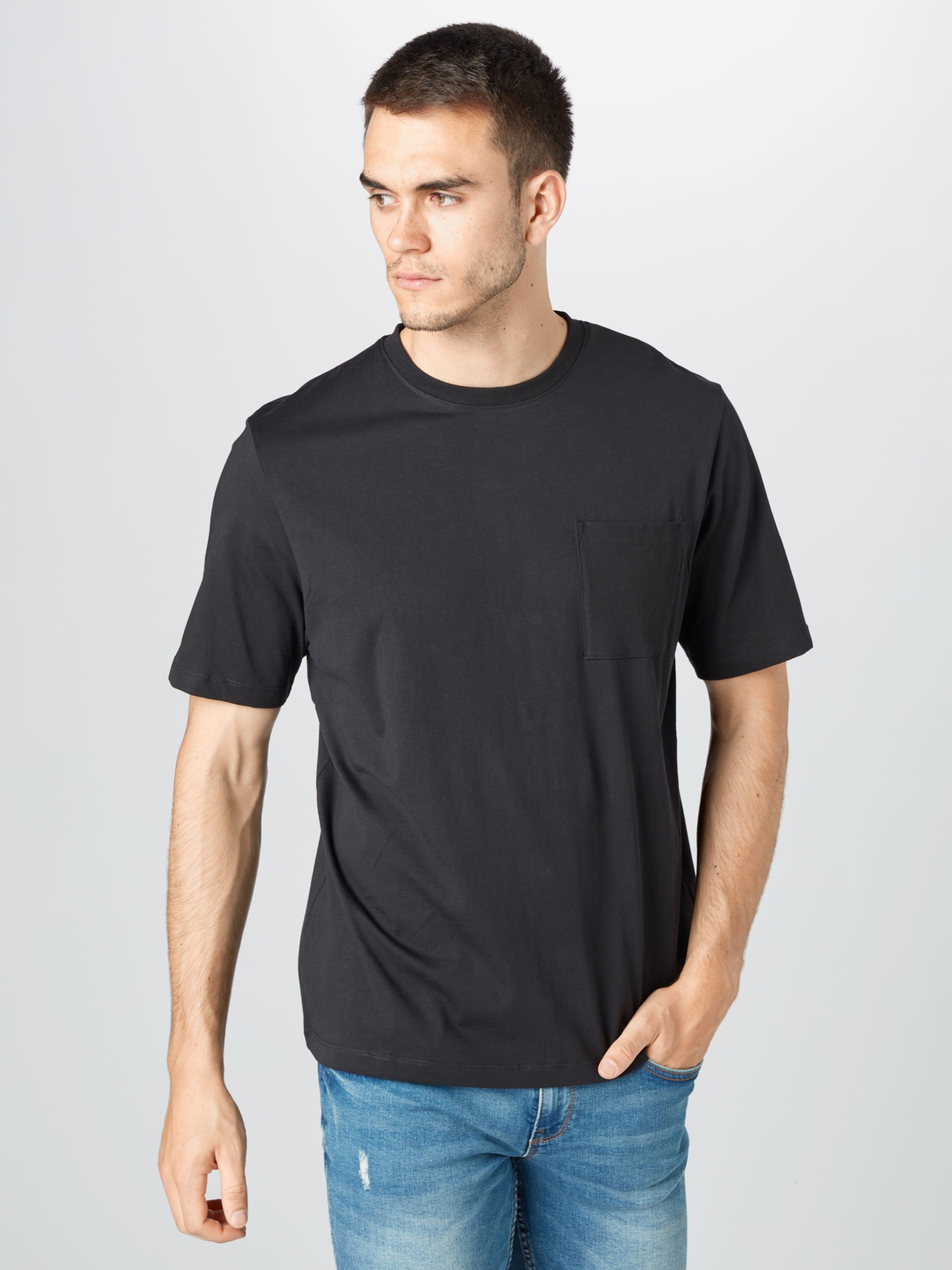 EDC BY ESPRIT T-Shirt in schwarz Jersey EDC2812001000001