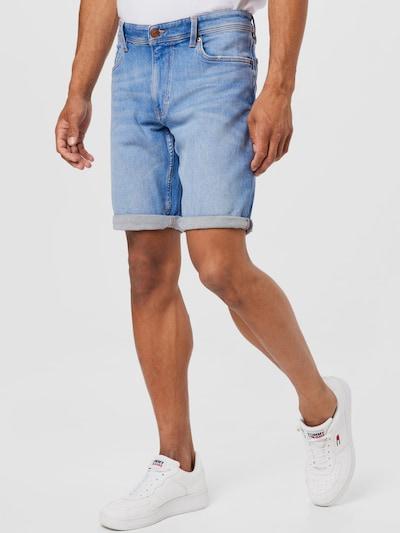 Q/S by s.Oliver Jeans i ljusblå, På modell