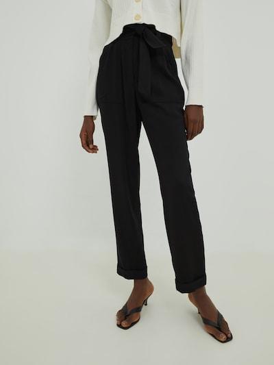 EDITED Kalhoty 'Ivy' - černá, Model/ka